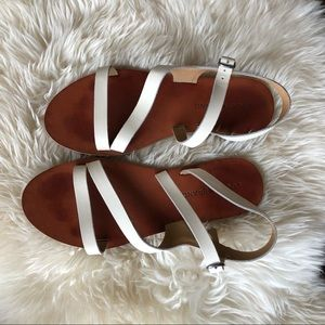 Lucky brand white strappy sandals sz 7.5